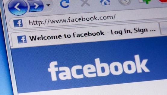 Facebook homepage macro