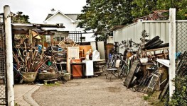 """How to Become a """"Garage Sale Millionaire"""""""