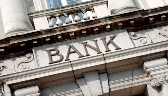 Banks or Credit Unions - Which is Better for Your Credit?