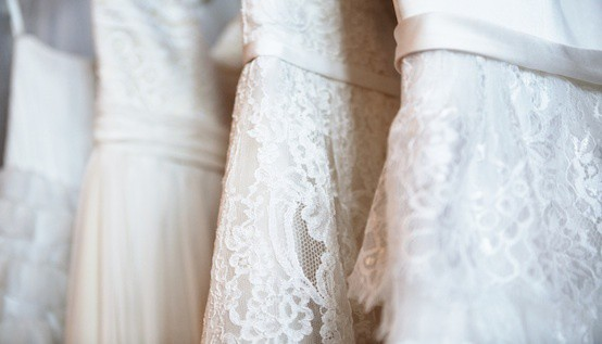Say Yes to Paying Less for a Wedding Dress :: Mint.com