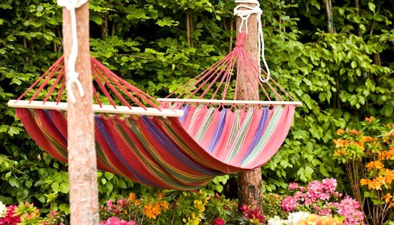 DIY Projects to Brighten Your Backyard :: Mint.com/blog