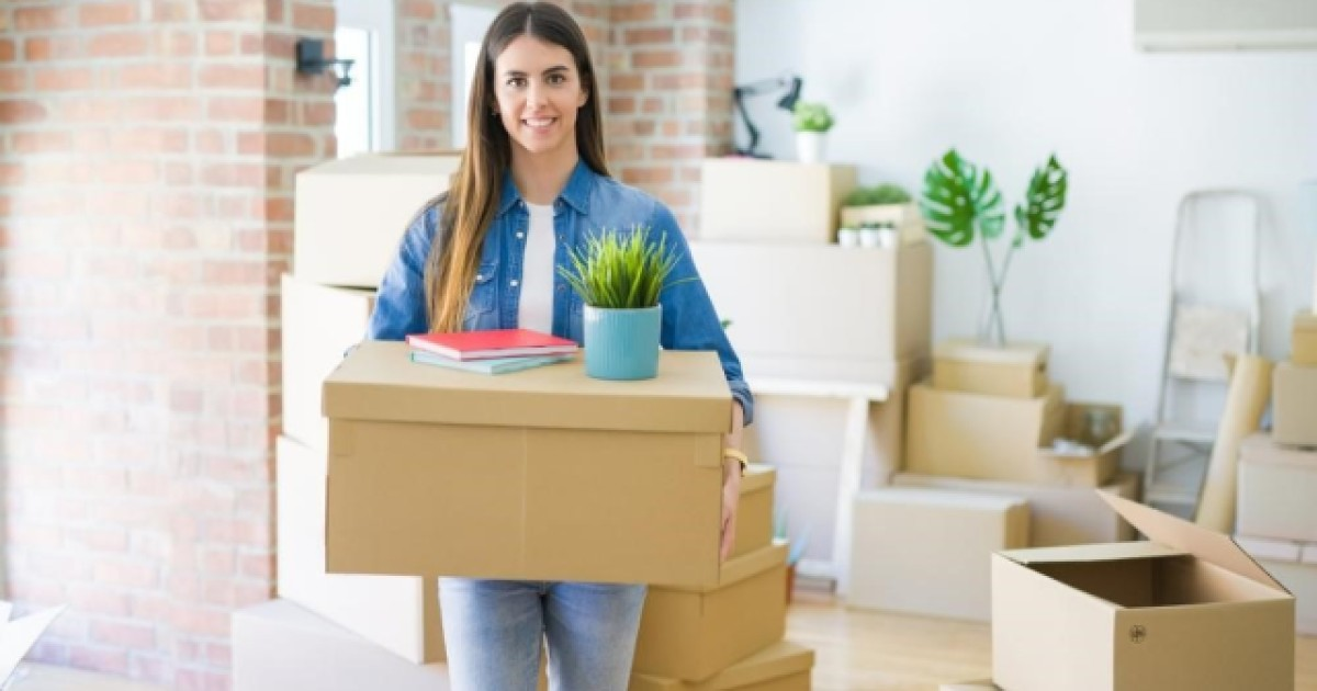 Best Tips on How to Move Out At 18 and Live Independently