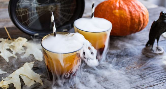 10 Ways to Save on Halloween Decorations