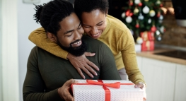 #RealMoneyTalk: How to Have the Gift Giving Talk with Your Partner