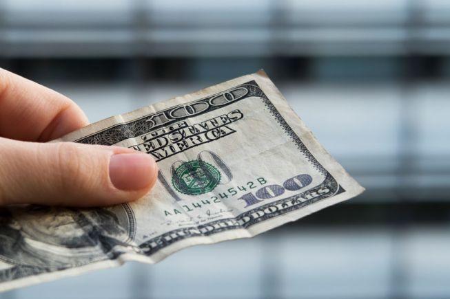 O dinheiro que você perder ao pagar taxas desnecessárias ou ao escolher o mix errado de ações pode limitar o potencial de sua carteira, exigindo que você contribua mais para alcançar o mesmo montante ao final.