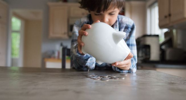 How to Know How Much Allowance You Should Be Giving Your Kid