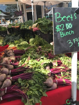 How To Teach Your Kids About Budgeting At The Farmer's Market