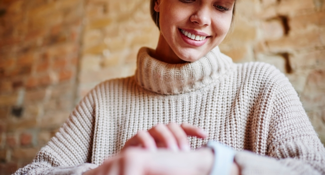 Crop,Young,Female,In,Trendy,Clothes,With,Toothy,Smile,Looking