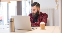How to Stay on Top of Bills When You Have Cash Flow Issues: A Freelancer's Guide