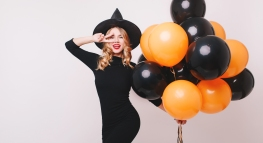 10 Ways to Throw a Halloween Party on a Budget (+ Free Printables!)