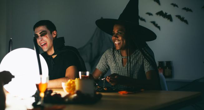 Spooktacular Ways to Save on an Epic Halloween