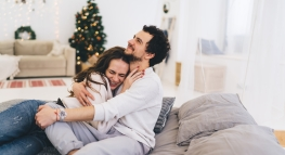 4 Ways To Discuss Money During the Holidays…Without Family Drama