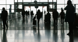 How to Navigate the Airport Rush During the Holidays
