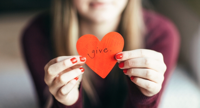 5 best credit cards when you make charitable donations
