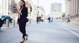 Why Women Need to Start Talking About Their Salary (Infographic)