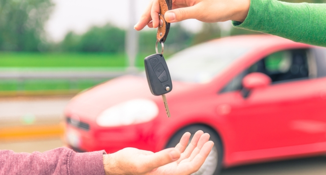 Car,Sales.,One,Person,Sells,Car,And,Gives,The,Key