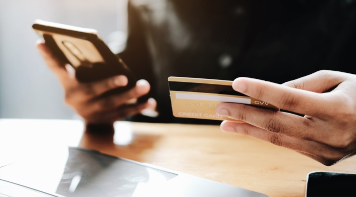 credit-card-phone-fraud-payment
