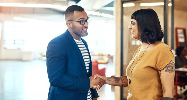 people-work-handshake-negotation-meeting