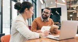 How To Be a Career-Changing Mentor: 27 Tips To Make a Difference