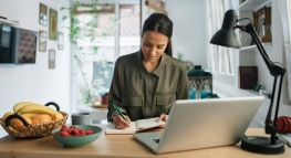 60 Freelance Statistics To Help You Thrive in the Gig Economy
