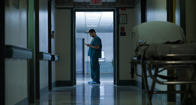 doctor-in-hospital-at-night
